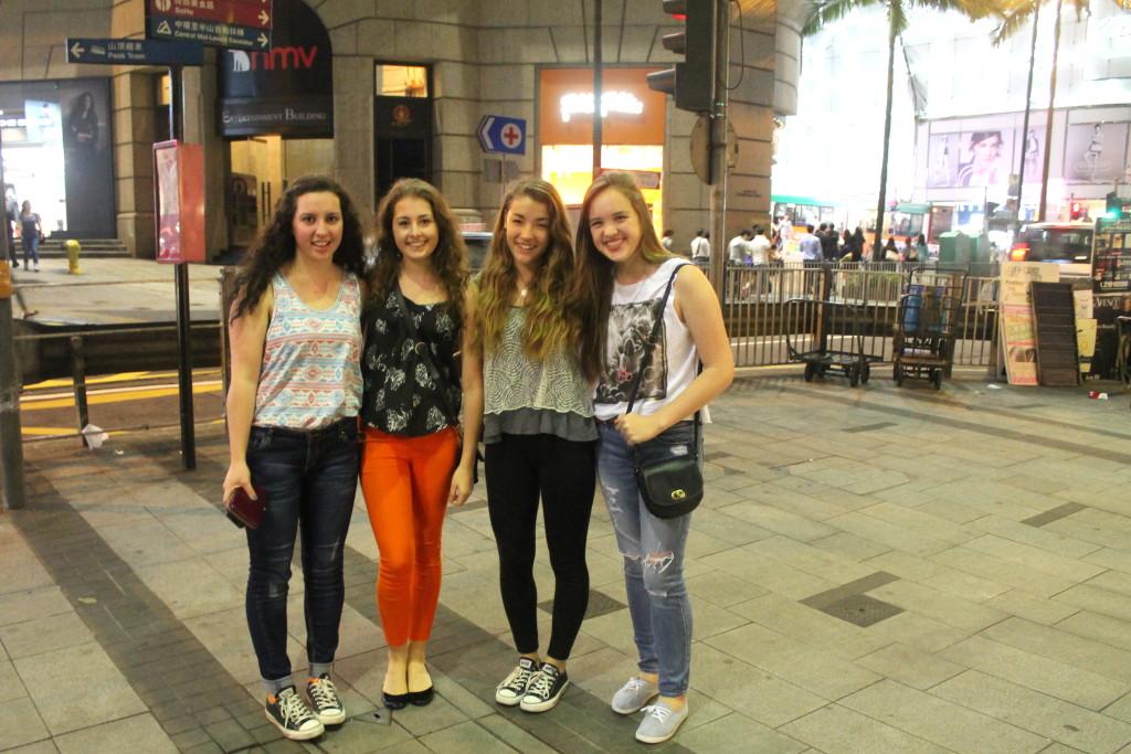 Jessica (14), Katie (15), Sabrina (14) & Marie (14) - HK